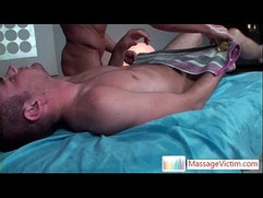 Matthew gets his dick oiled and massaged by MassageVictim