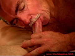 Redneck matures dilf getting his cock sucked
