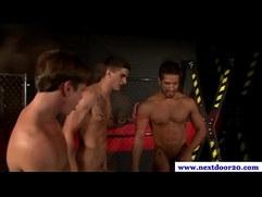 Three muscular jocks love hot group sex