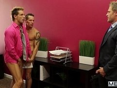 MEN 445 - The Gay Office - Lunch Break