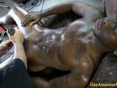 Straight amateur guy cums for masseur
