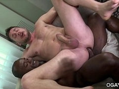 Big Black Monster Aaron Trainer Pumps Eager Hans Berlin
